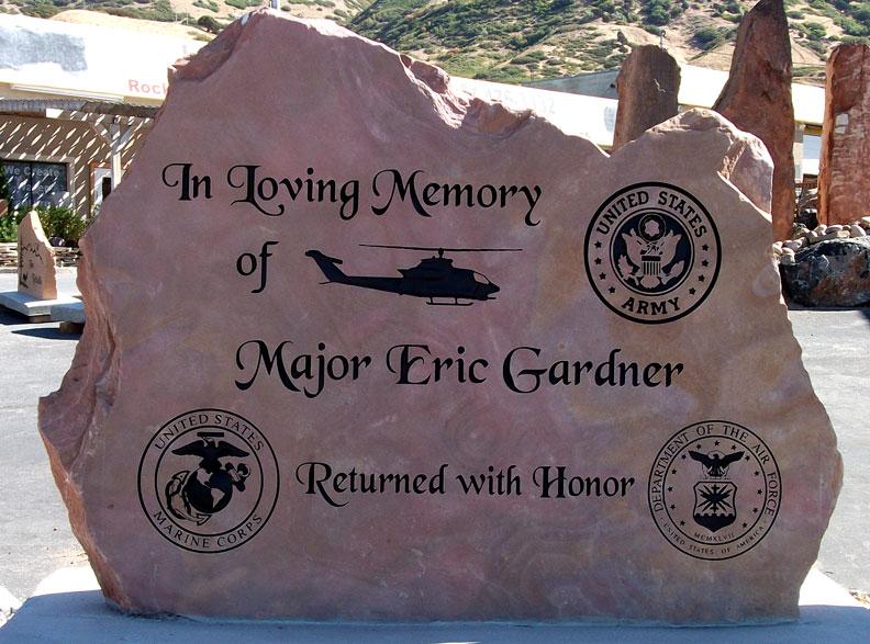 Phone Stand Designs : Veterans memorials natural rock designs